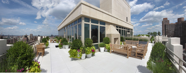 1510 Lexington: Rooftop Terrace