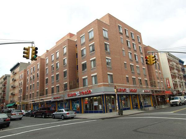194 East 2nd street: Exterior