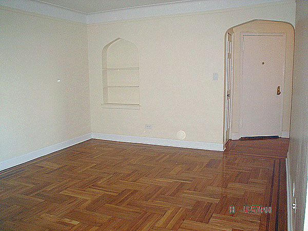 2147 East 17th: Living Room