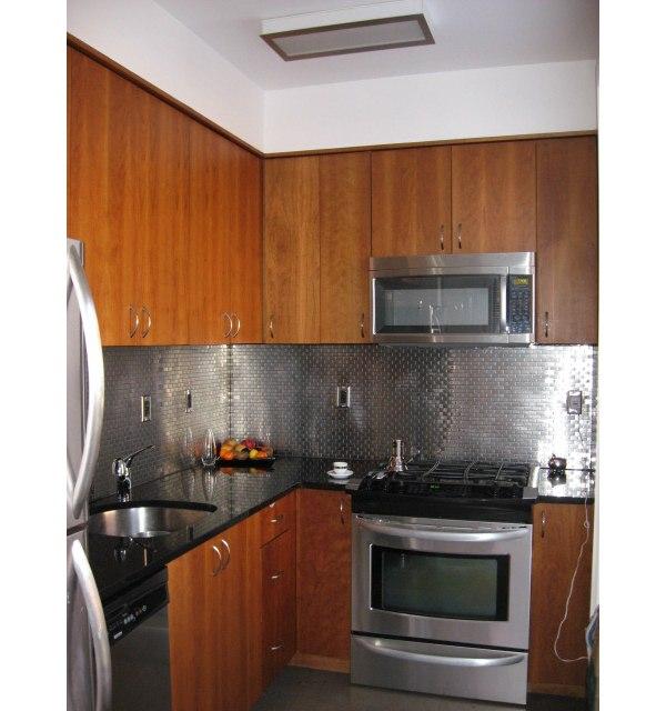 322 Spring street: Kitchen