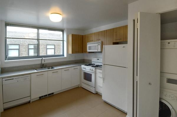 Archstone Chelsea: Kitchen
