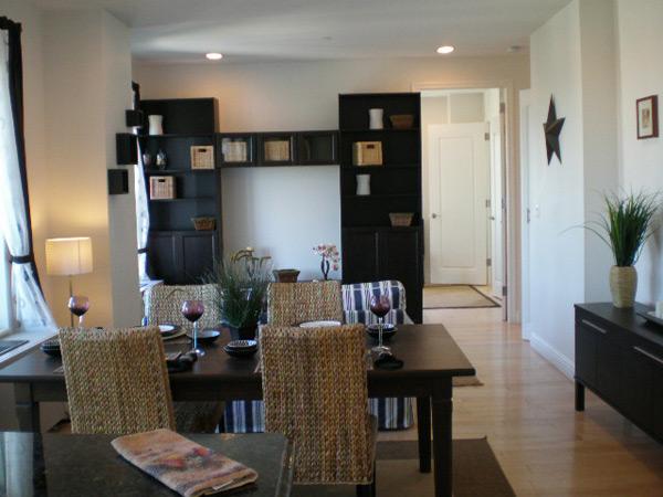 Bridgeview - Line A - Living Room (2)