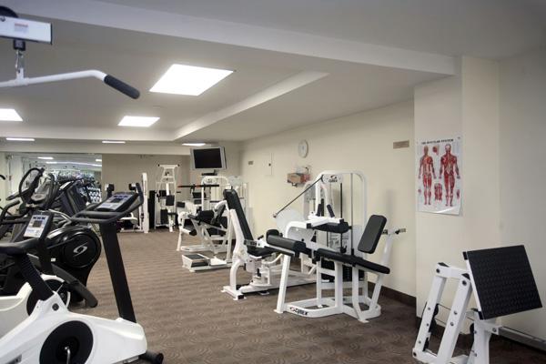 Claridge's: Gym