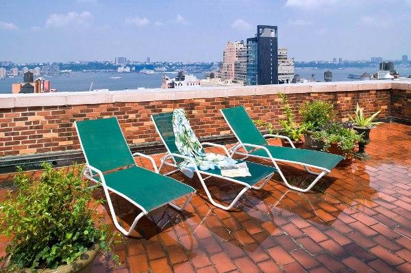 London Terrace Gardens: Sun deck