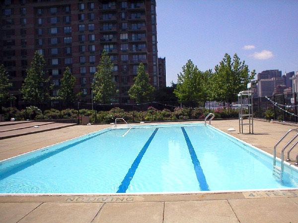 Manhattan Park - Swimming pool