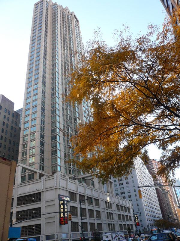 Marc NY: Building