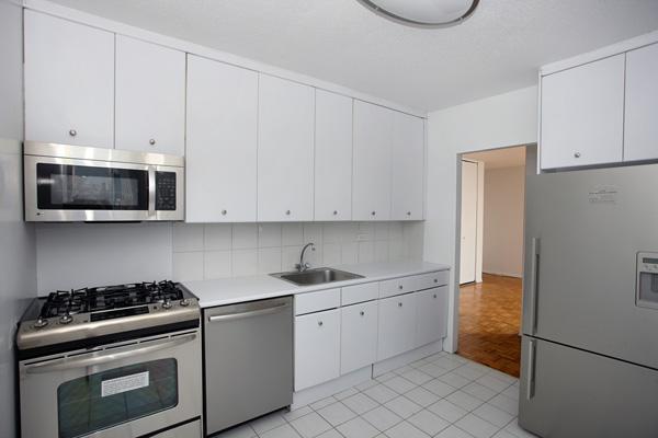 Rivergate: Kitchen