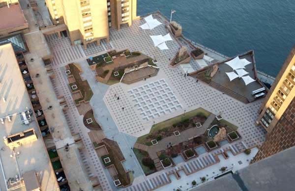 Waterside Plaza: Plaza View