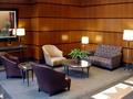 The Ventura: Lobby